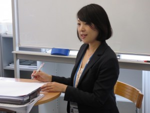 講師の京田綾子先生