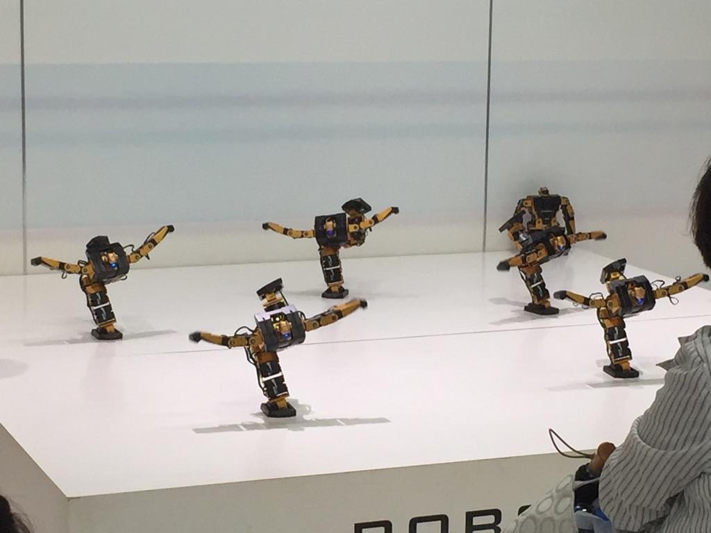 ロボットパフォーマンスショー