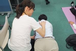 体幹トレーニングの姿勢も個別指導します