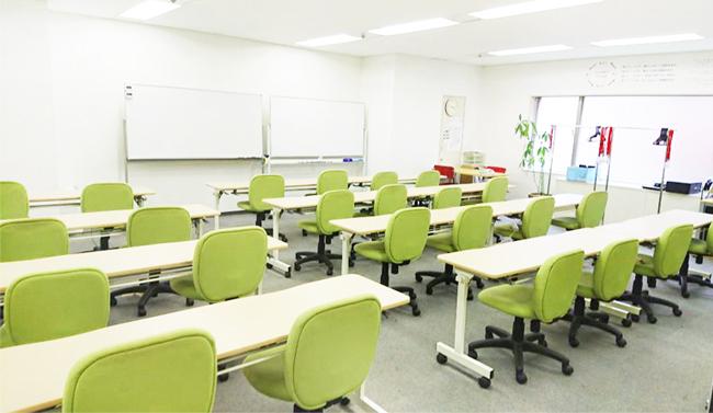 チャレンジド・アソウ大阪事業所のトレーニングルーム風景
