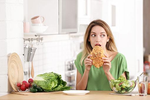 摂食障害の症状と治療方法まとめ