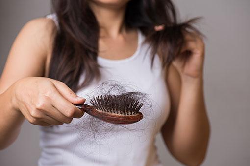 脱毛症とは?症状の種類・分類と原因・治療-就労移行支援の利用条件