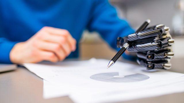 上肢障害を持つ方の就職をサポート【就労移行支援サービス】の利用メリット